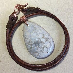 ❤️❤️❤️Chrysanthemum Coral Leather Choker Necklace